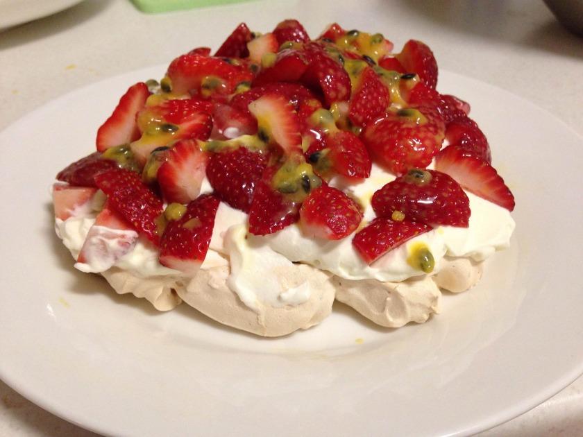 strawberry-dessert-946561_1920